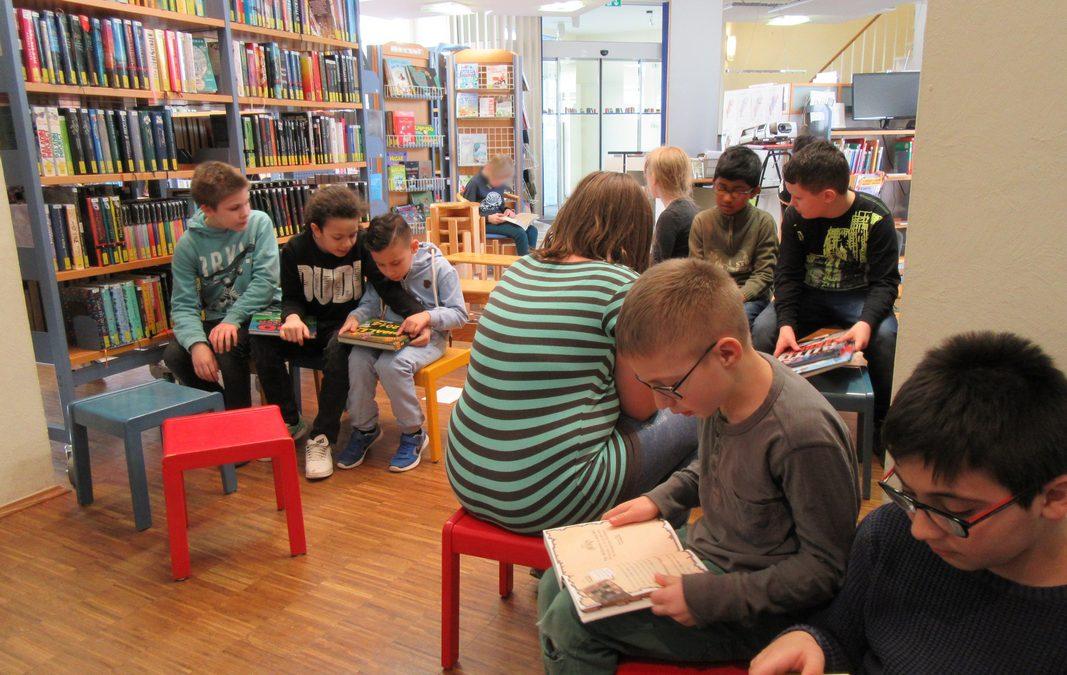 Besuch der Stadtbücherei St. Martinus Kerpen