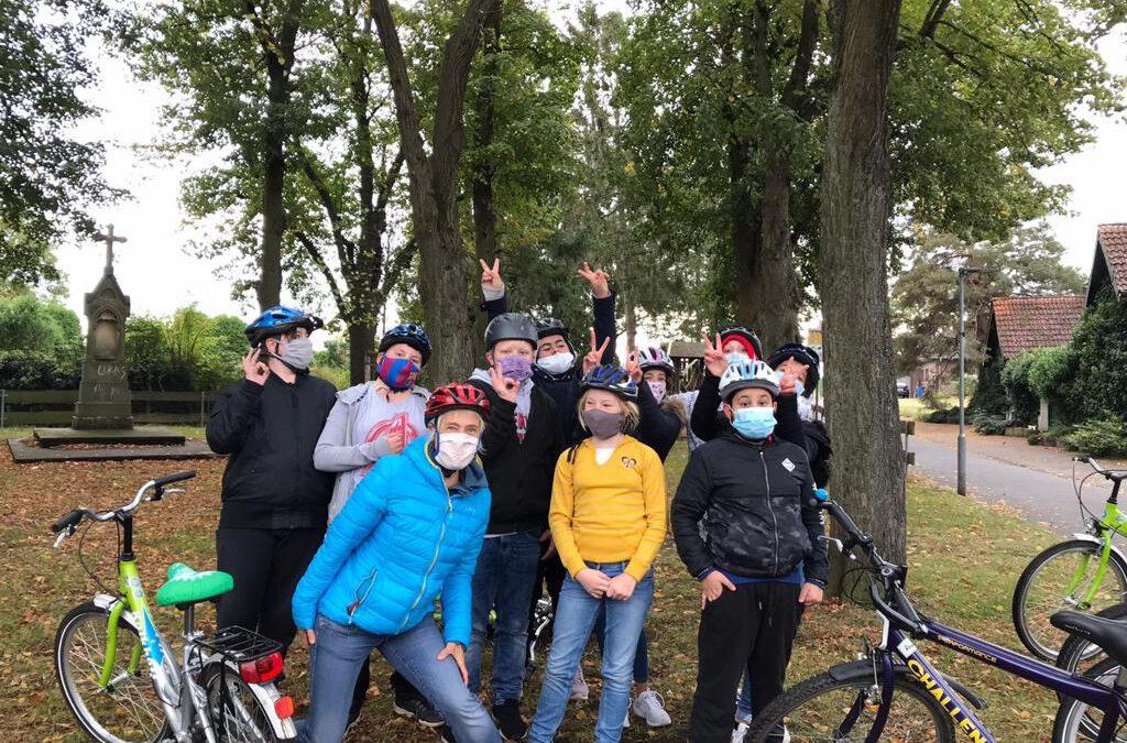 "Die ""Fahrrad-Gang 6b"" on tour!"